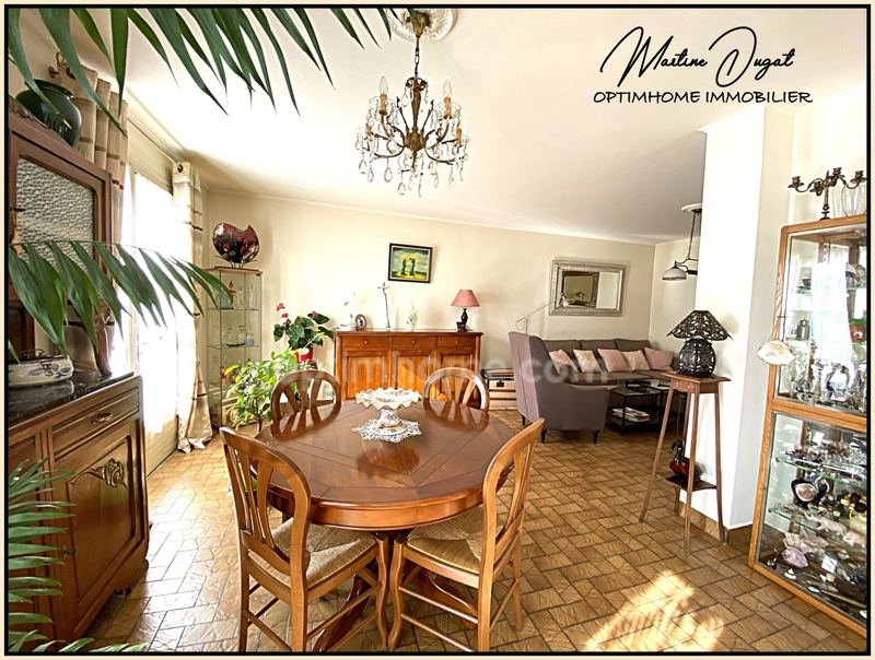 Maison de 166  m2 - Vichy (03200)