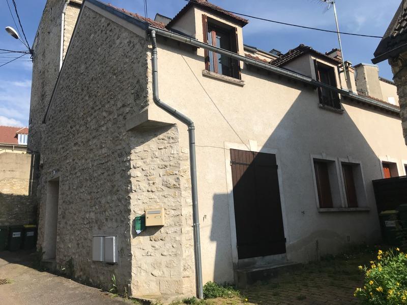 Maison de 63  m2 - Septeuil (78790)