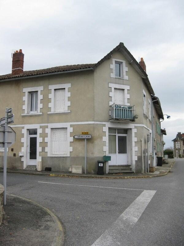 Immeuble de rapport de   m2 - Saint-Cyr (87310)