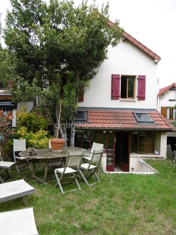 Maison de 170  m2 - Chaville (92370)