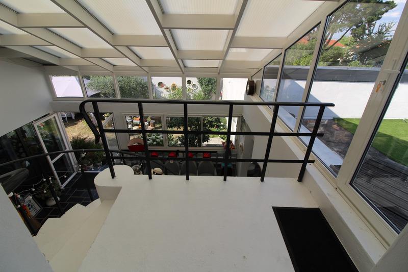 Maison contemporaine de 376  m2 - La Roche-sur-Yon (85000)