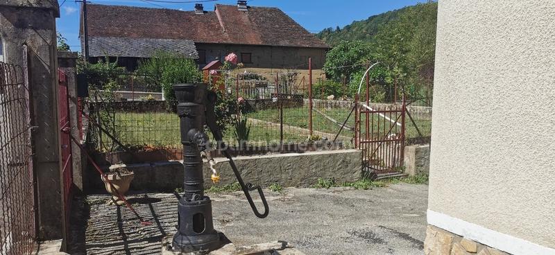 Maison à rénover de 188  m2 - Saint-Bueil (38620)