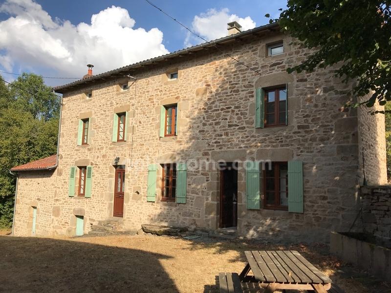 Maison de 165  m2 - Bessines-sur-Gartempe (87250)