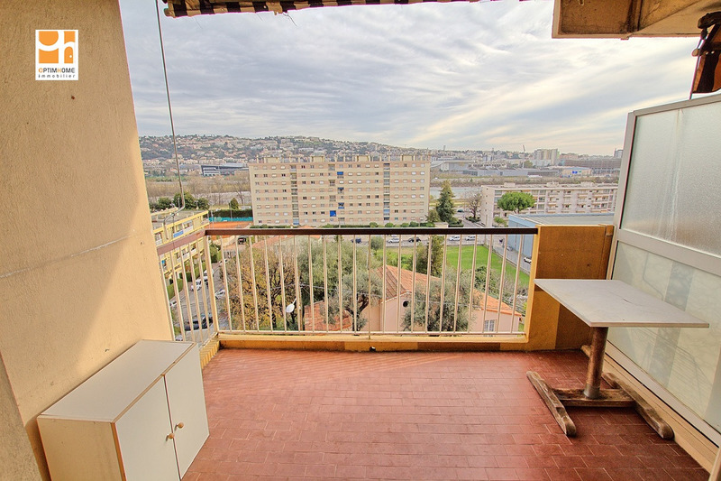 Appartement en résidence de 49  m2 - Saint-Laurent-du-Var (06700)