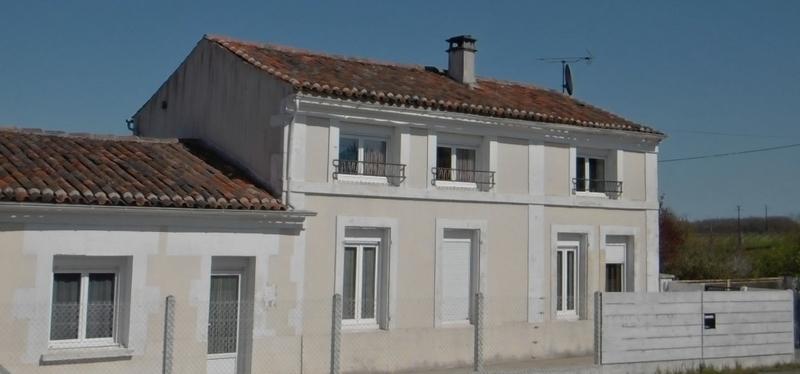Maison en pierre de 148  m2 - Cognac (16100)