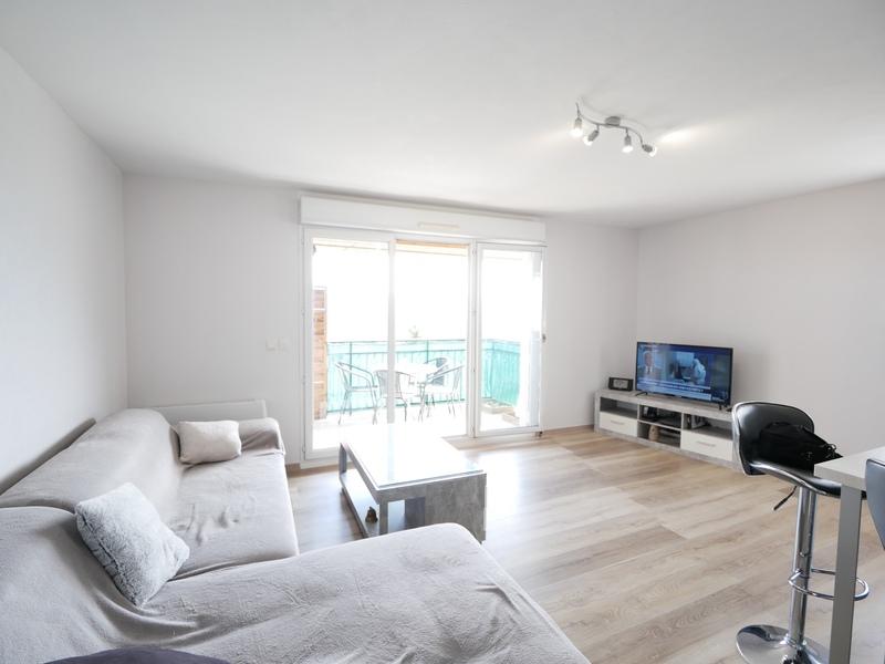 Appartement de 67  m2 - Collonges (01550)