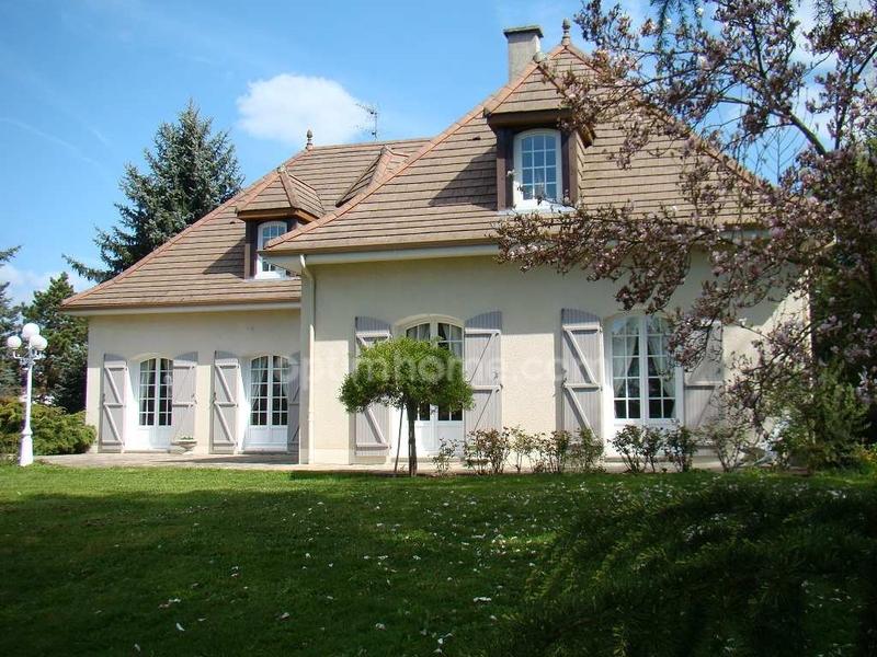 Maison bourgeoise de 227  m2 - Limoges (87000)