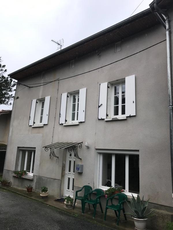 Maison de 120  m2 - Châteauponsac (87290)