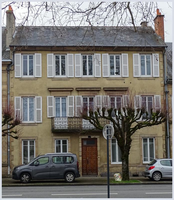 Maison de caractère de 284  m2 - Moulins (03000)