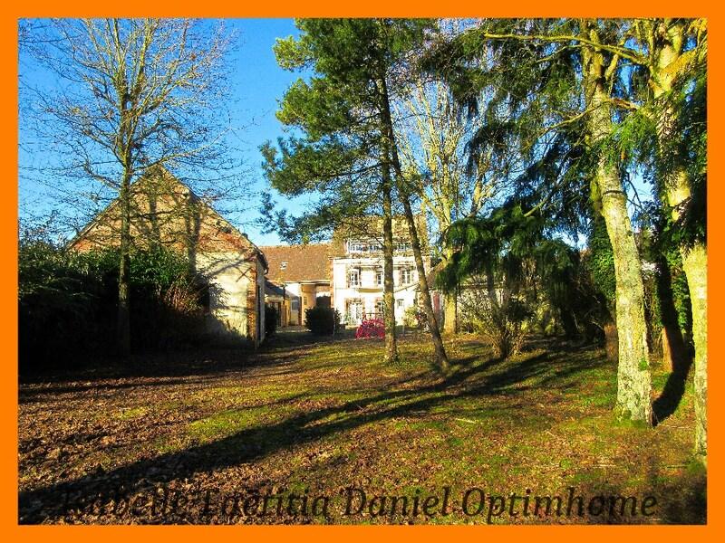 Maison de village de 215  m2 - Dreux (28100)