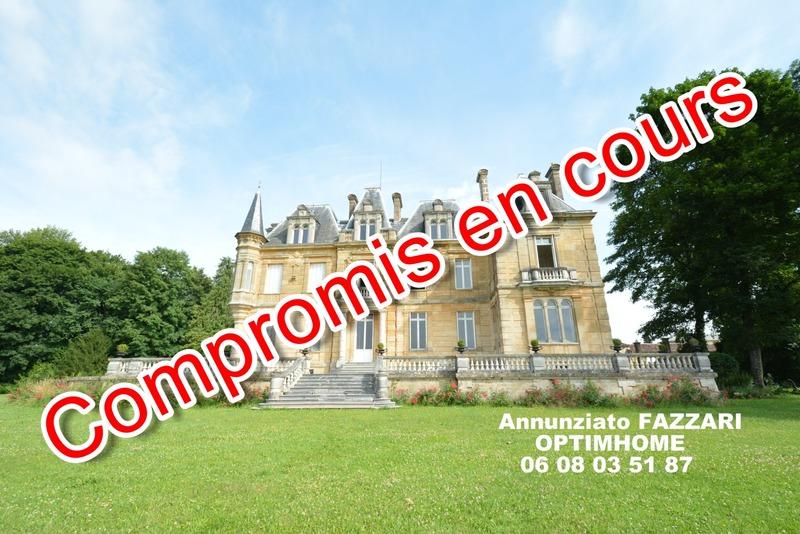 Château de 733  m2 - Montmédy (55600)