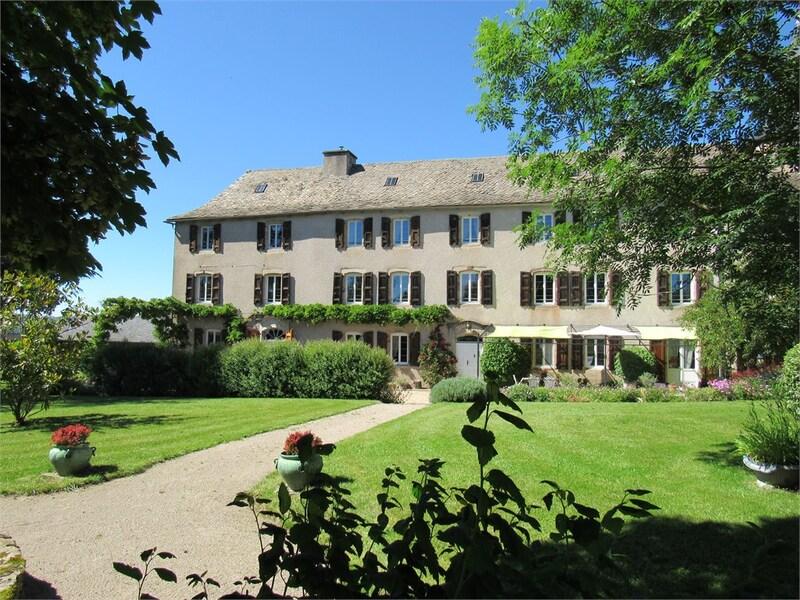 Maison de maître de 481  m2 - Comps-la-Grand-Ville (12120)