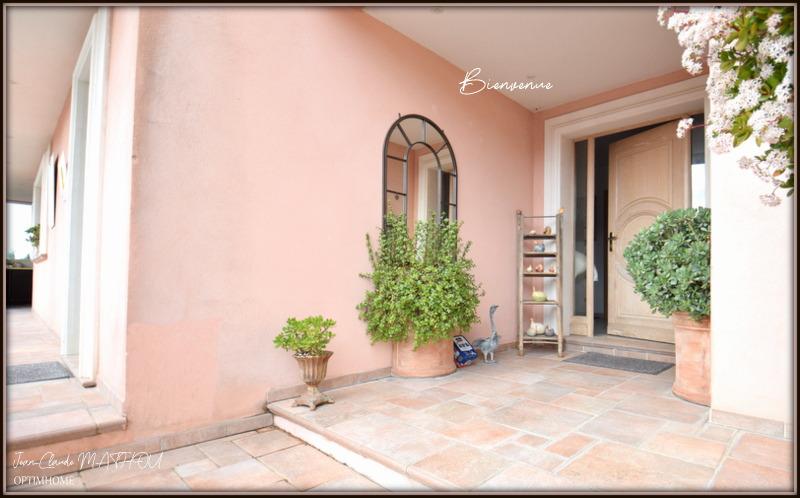 Villa d'architecte de 190  m2 - Nice (06000)