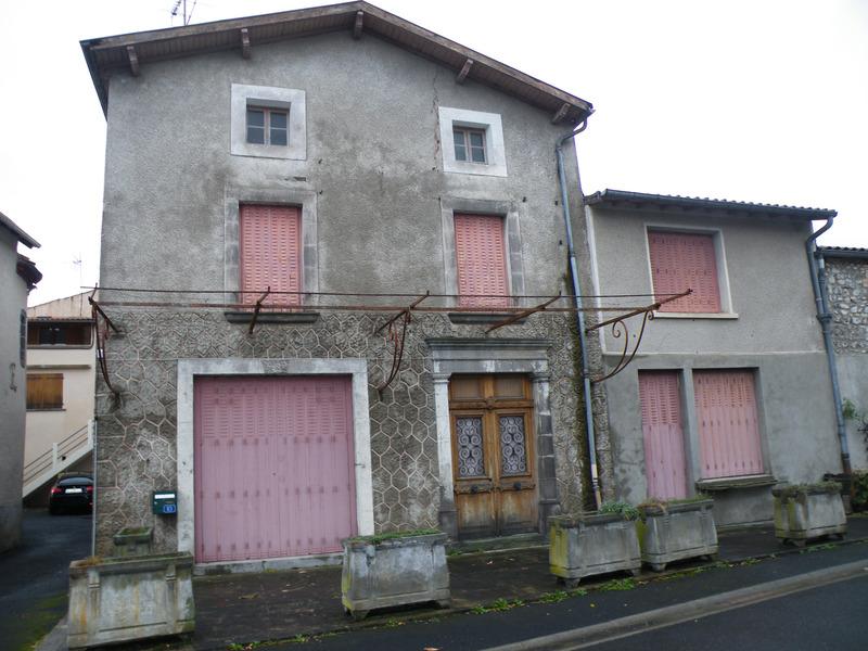 Maison de village de 222  m2 - Issoire (63500)