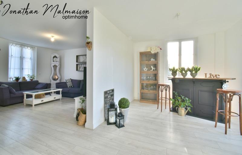 Maison de 175  m2 - Évreux (27000)