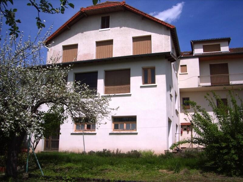 Maison en pierre de 540  m2 - Chauffailles (71170)