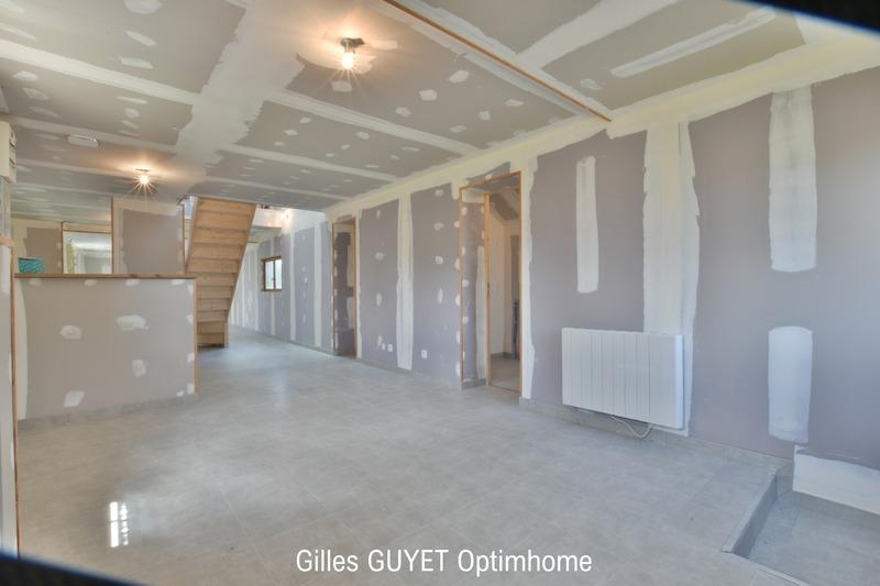 Maison de 136  m2 - Bernay (27300)