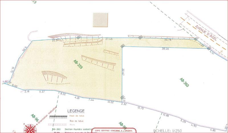 Terrain constructible de   m2 - Villespassans (34360)
