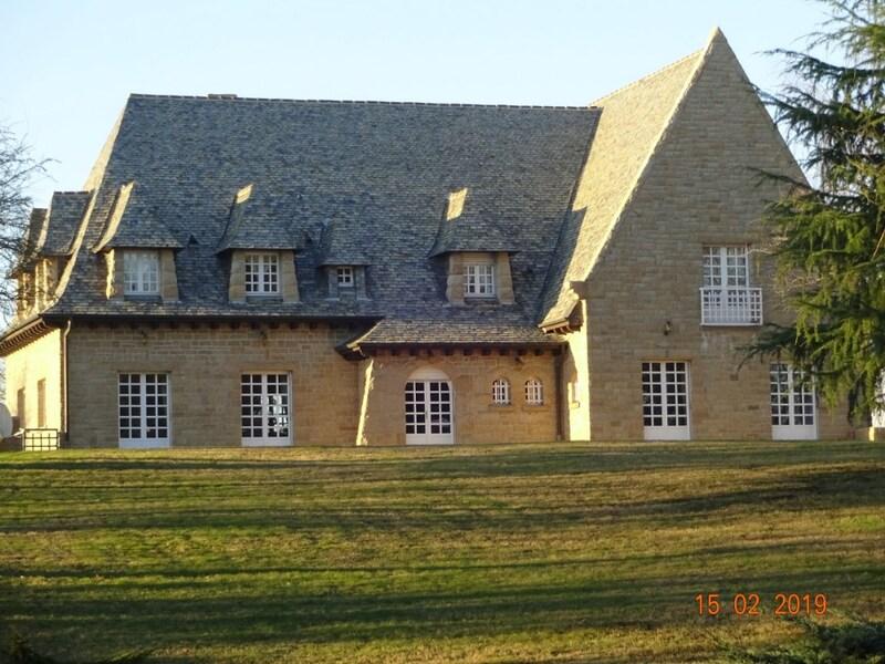 Maison de caractère de 510  m2 - Rennes (35000)
