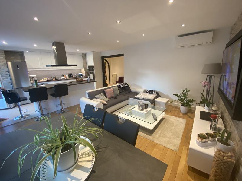 Appartement en résidence de 80  m2 - Aix-les-Bains (73100)
