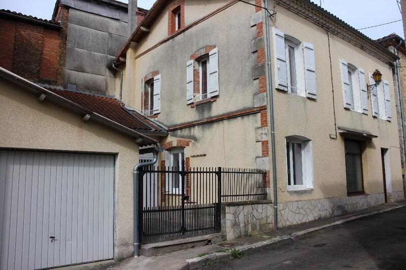 Maison de village de 125  m2 - Cazaubon (32150)