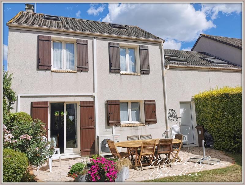Maison de 110  m2 - Courdimanche (95800)
