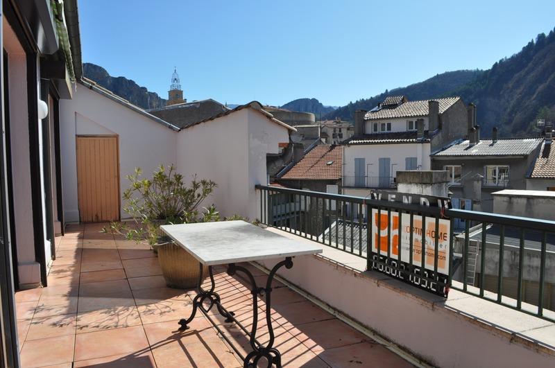Appartement à rénover de 99  m2 - Digne-les-Bains (04000)