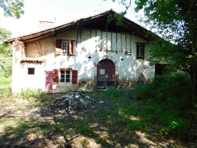 Maison de 315  m2 - La Bastide-Clairence (64240)