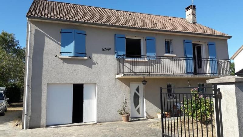 Pavillon de 102  m2 - Dun-le-Palestel (23800)