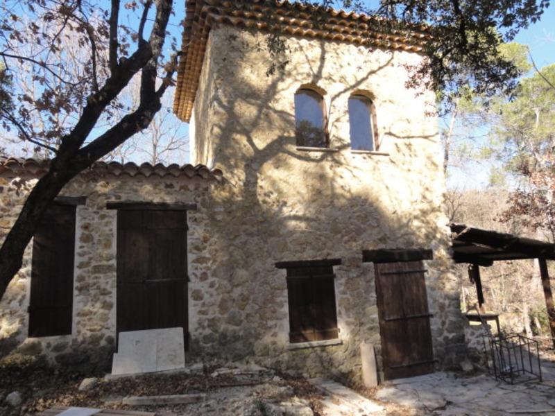 Maison en pierre de 40  m2 - Lorgues (83510)