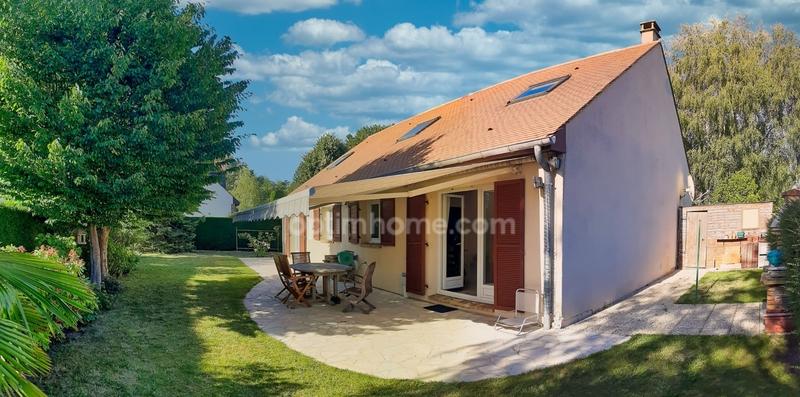 Maison de 165  m2 - Bailly (78870)