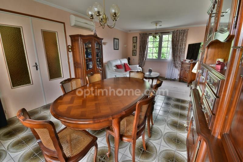 Maison de 110  m2 - Monts (37260)
