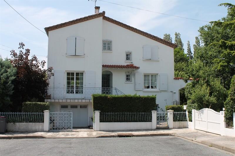 Maison contemporaine de 160  m2 - Castres (81100)