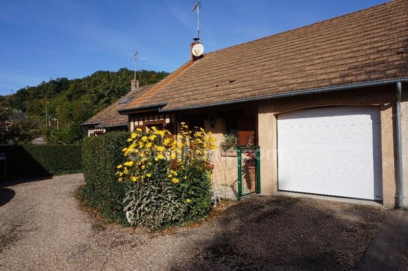 Maison de 90  m2 - Brionne (27800)