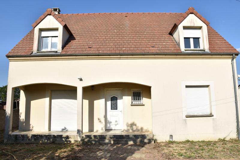 Maison de 128  m2 - Châteaudun (28200)