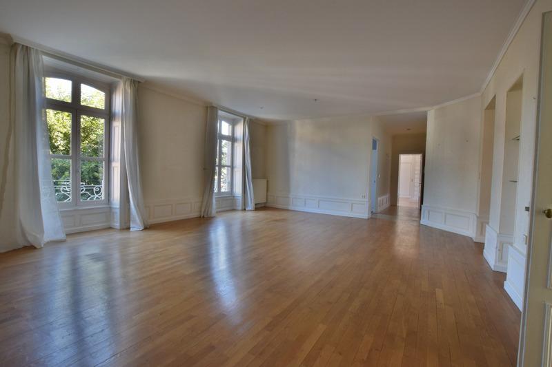 Appartement ancien de 187  m2 - Aurillac (15000)