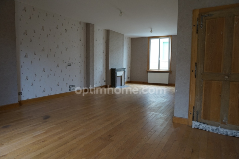 Appartement rénové de 101  m2 - Bar-le-Duc (55000)