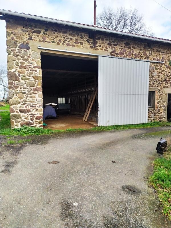 Grange de 144  m2 - Vayres (87600)