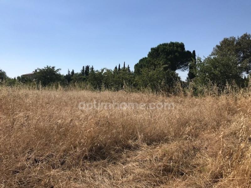 Parcelle de terrain de   m2 - Saint-Rémy-de-Provence (13210)