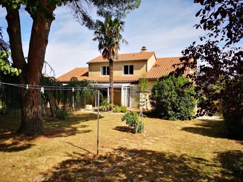 Maison de 195  m2 - Vouneuil-sous-Biard (86580)