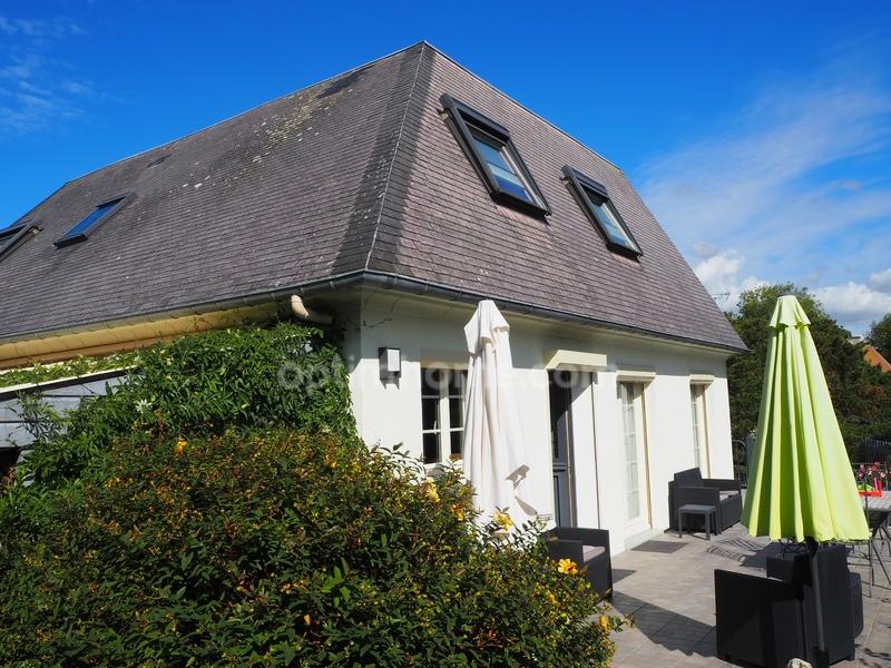 Maison de 215  m2 - Pont-l'Évêque (14130)