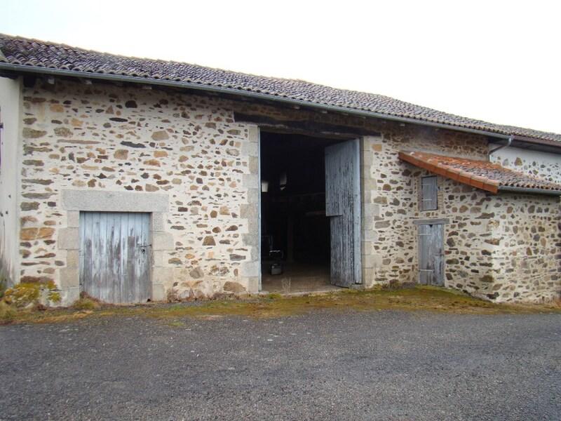 Grange de 175  m2 - Saint-Junien (87200)