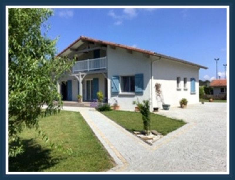 Maison de 140  m2 - Dax (40100)