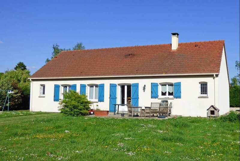Maison contemporaine de 125  m2 - Civray (18290)