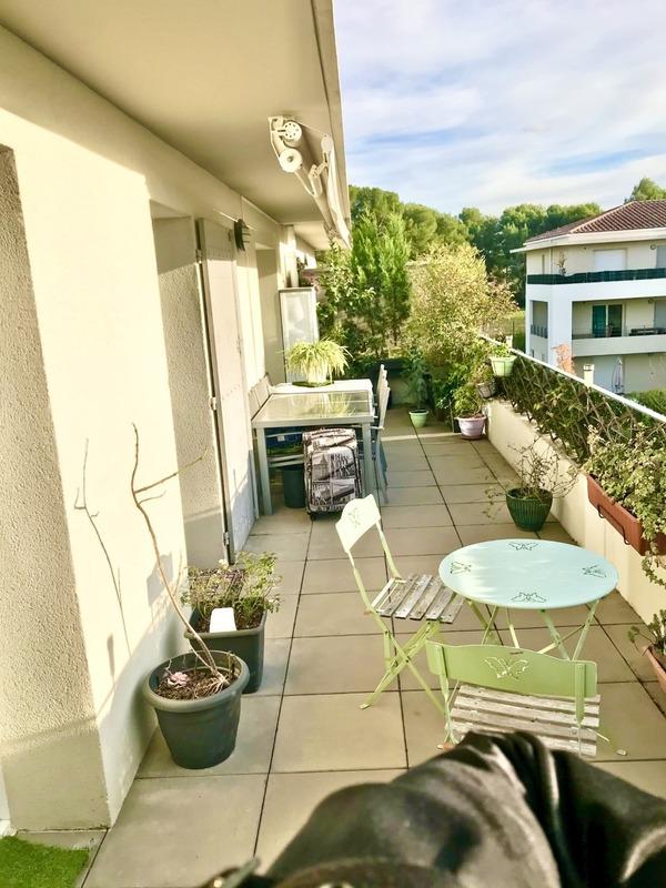 Appartement en résidence de 56  m2 - Aix-en-Provence (13090)