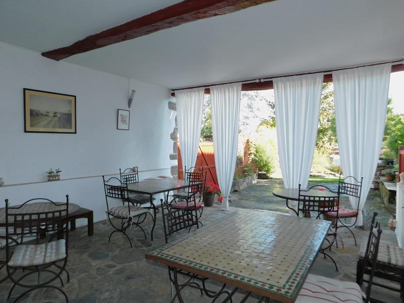 Maison de 380  m2 - La Bastide-Clairence (64240)