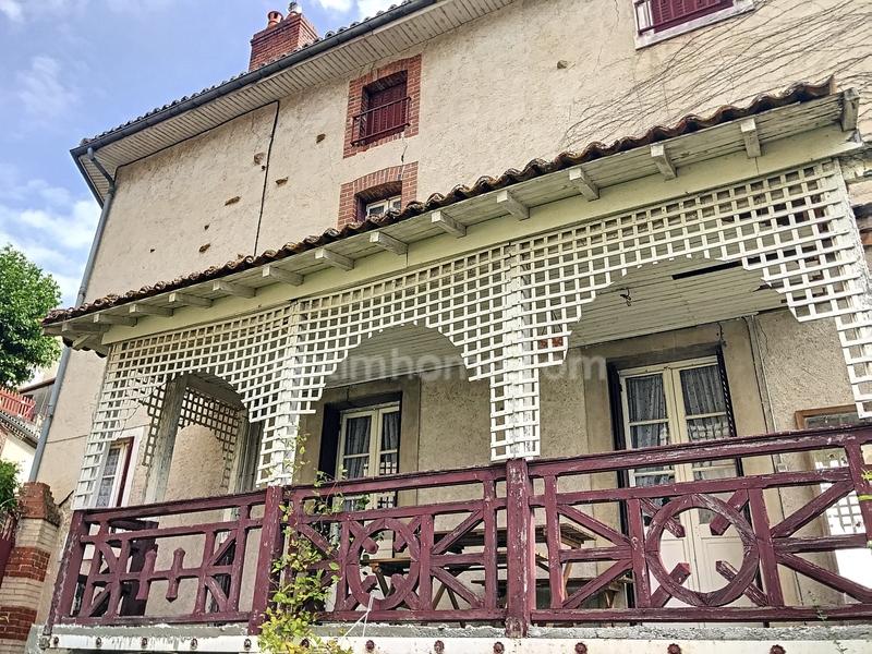 Maison à rénover de 170  m2 - Bellac (87300)