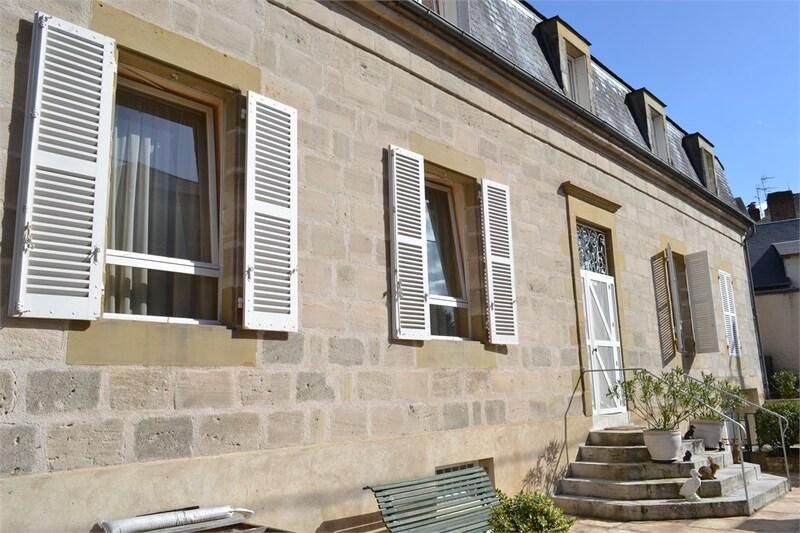 Maison de caractère de 310  m2 - Brive-la-Gaillarde (19100)