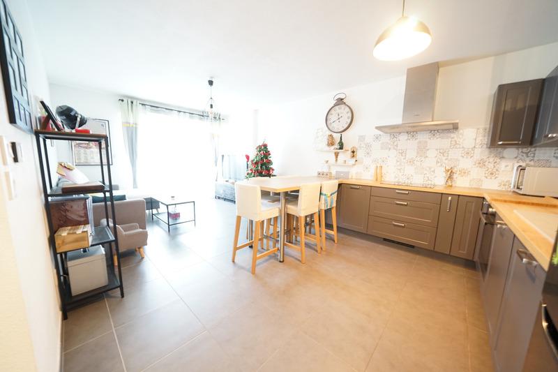 Appartement en résidence de 61  m2 - Draguignan (83300)