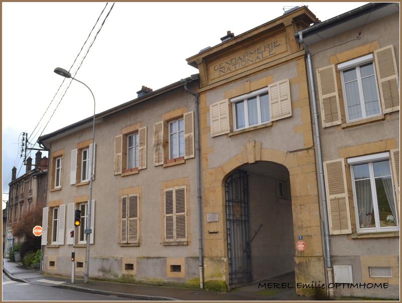 Appartement à rénover de 89  m2 - Longuyon (54260)